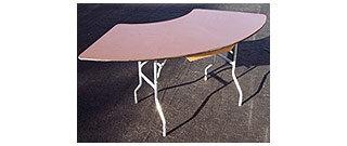 Serpentine-Folding-Table