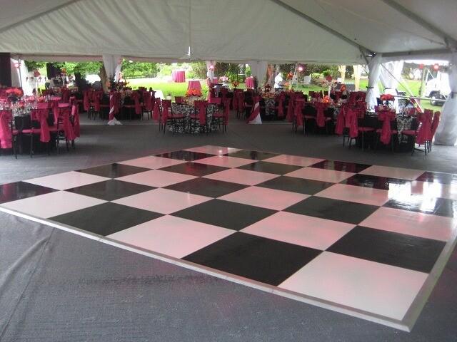 dace floor checkerd