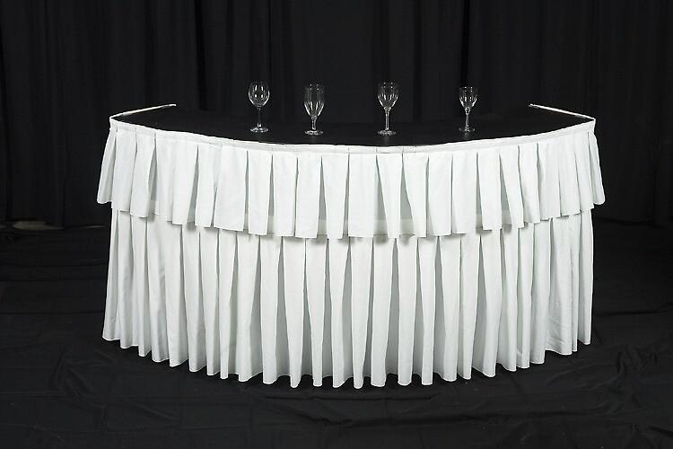 serpentine-bar-white-linen
